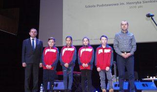 """III miejsce w Małopolsce w konkursie """"Odblaskowa szkoła""""!!!"""